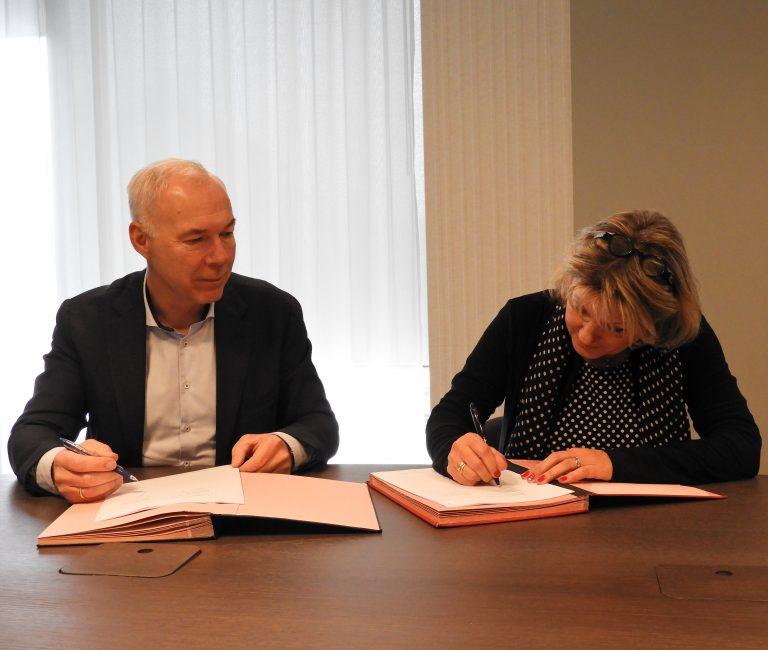 20191120-ondertekening-Buurskamp-Wezep
